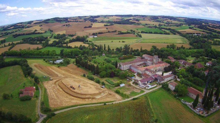 2020.06.12_photos drone Abbaye de Boulaur(3)
